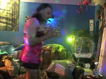 Chaturbate ellen_at_knight webcam video from Chaturbate.com