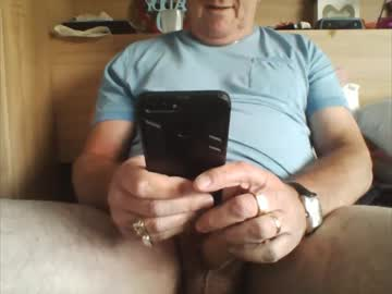 Chaturbate oldxxxguy show with toys