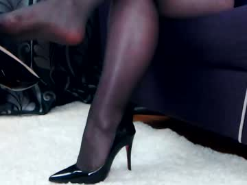 Chaturbate feetseductress show with toys from Chaturbate