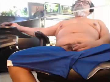 Chaturbate charlieo1953 record video with toys from Chaturbate.com