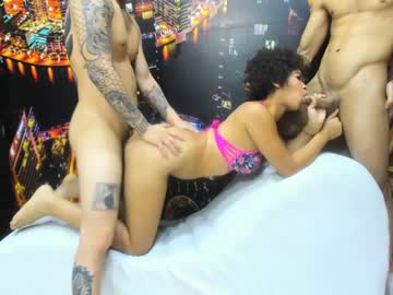 Chaturbate fierce_couple cam show from Chaturbate.com