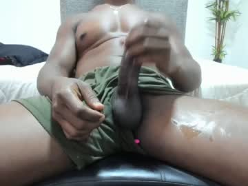 Chaturbate roccoblack02 chaturbate show with toys