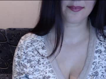 Chaturbate awesomeladyy public show from Chaturbate.com