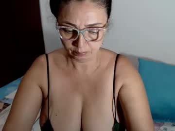 Chaturbate sweetthelma1 video from Chaturbate.com
