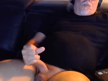 Chaturbate horndawgy blowjob show