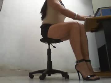 Chaturbate clauditatvcolombia video from Chaturbate