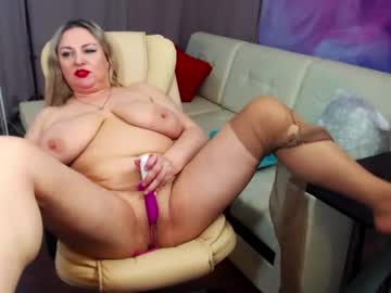 Chaturbate milkymelons_ private show from Chaturbate.com
