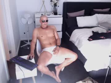 Chaturbate mantis011 record show with cum