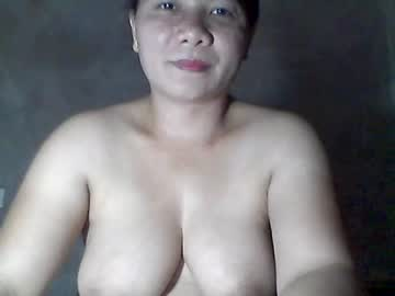 Chaturbate yverycat public show video from Chaturbate.com