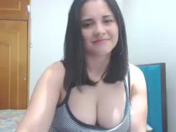 Chaturbate loriianne show with toys from Chaturbate.com