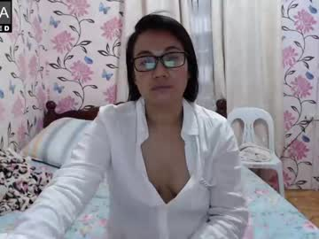 Chaturbate lovelyquey record video with dildo from Chaturbate.com
