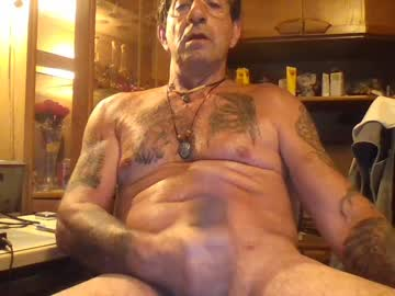 Chaturbate cody1957 record show with toys from Chaturbate.com