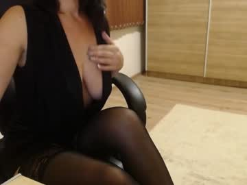 Chaturbate vika_style cam show from Chaturbate.com