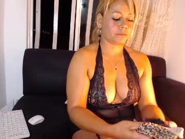 Chaturbate katemoss__ record show with toys from Chaturbate.com