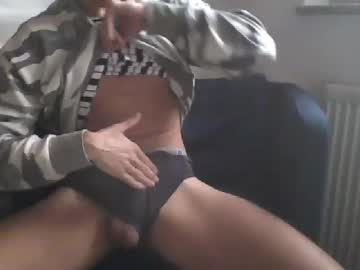 Chaturbate hotguyxyy show with cum from Chaturbate.com