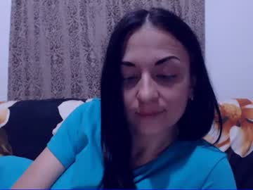 Chaturbate yasminexx cam show from Chaturbate.com