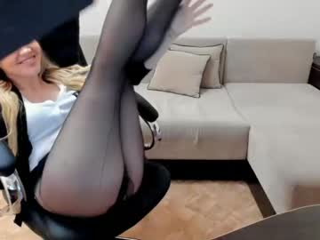 Chaturbate elia_ record show with toys from Chaturbate.com