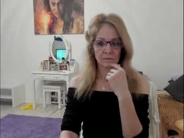Chaturbate angelkaty69 public show from Chaturbate