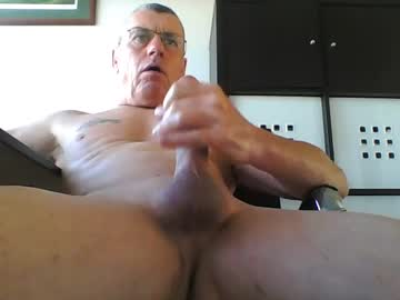 Chaturbate pappnase111 record show with toys from Chaturbate.com