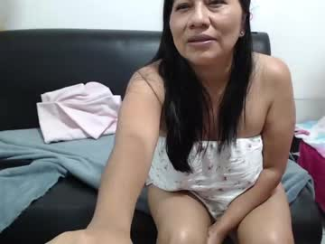 Chaturbate isa_hot_milf video from Chaturbate