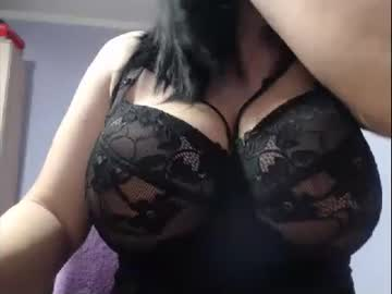 Chaturbate bbylarra cam show