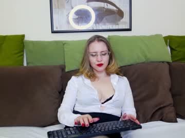 Chaturbate alishiablue show with toys from Chaturbate.com